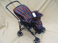 Mamas & Papas Carrycot / Pram plus Pushchair unit with wheeled folding chassis set.