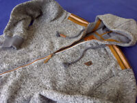 NEW UNUSED MEN'S HOODIE TRACKSUITE VERY ATTRACTIVE PERFECT FOR A GIFT