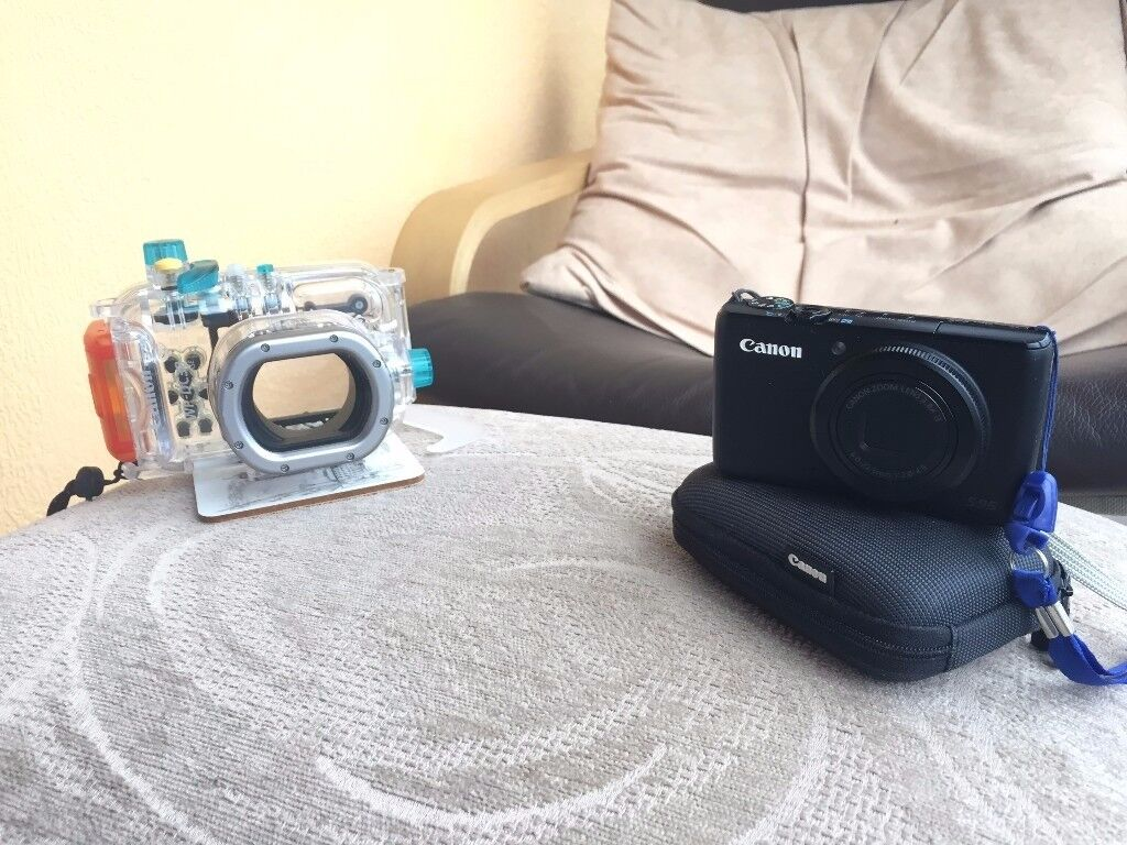 Canon Powershot Digital Underwater / Diving camera and housing for sale. Perfect condition.