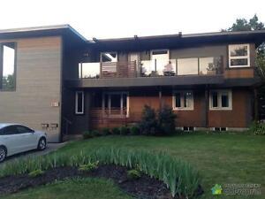 449 000$ - Triplex à vendre à Chicoutimi Saguenay Saguenay-Lac-Saint-Jean image 1