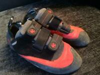 Climbing shoes - mens -size 8.5