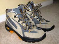 Quechua Walking Boots Size 3 Hardly Used Like New