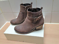 Womens size 6 brown suede ankle boots from ASOS **HARDLY BEEN WORN**