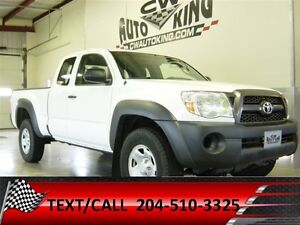 2011 Toyota Tacoma Access Cab  4x4 / Financing Available
