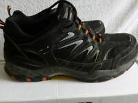TROJAN SIZE 8 SAFETY BOOTS USED