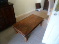 Large wooden coffeee table
