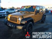 2014 Jeep WRANGLER UNLIMITED SPORT! IMMACULATE! AUTO! SOFT & HAR