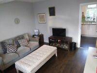2 Bedroom End Terraced House to rent Greenford Avenue-NO FEES