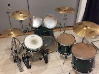 Mapex M Birch, Tama Iron Cobra Double Pedal, Zildjian Cymbals and Double Braced Hardare