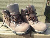Boys Hi-Tech walking boots