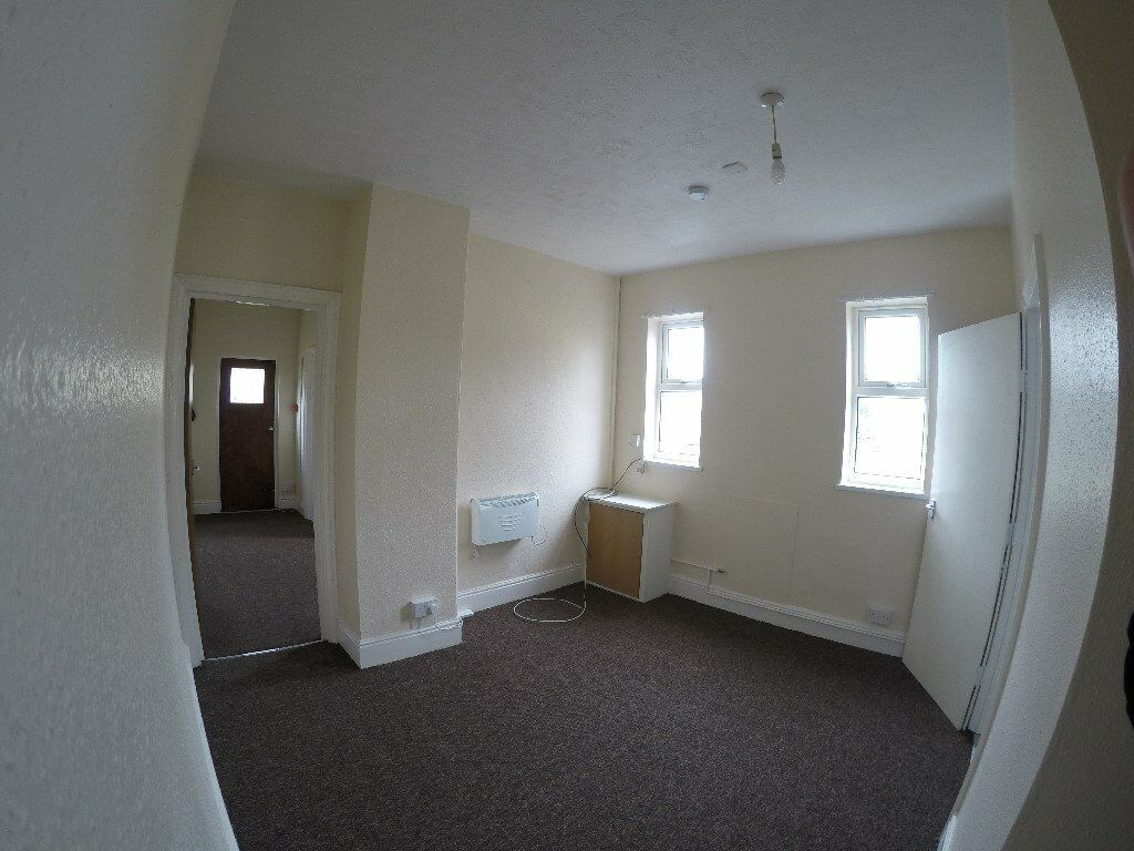 private landlord peterborough - 1 bedroom flat + parking, oundle