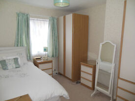 Single bed barely used in Farnborough Hampshire