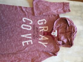 Red teraccotta T shirt jumper H and M H &M age 12 - 14 hoodie