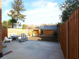 A stunning 4 double bedroom garden flat close to Willesden Green tube station