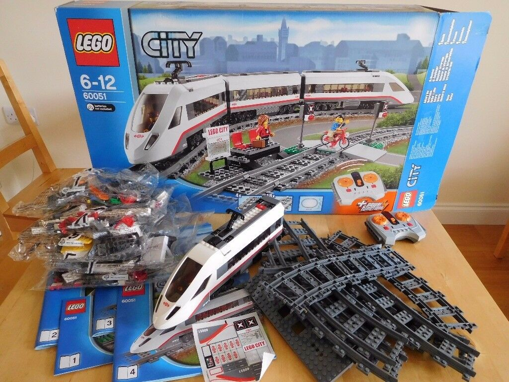 LEGO CITY 60051 REMOTE CONTROL HIGH SPEED PASSENGER TRAIN BOXED