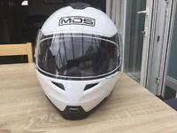 MDS medium motorcycle helmet