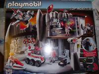 Playmobil Headquarters 7 - 12 years