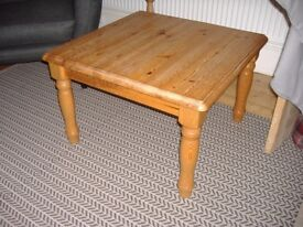 Coffee table or side table Ikea in wood pine £10.00