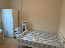 017O – FULHAM - DOUBLE STUDIO FLAT, FURNISHED, ALL BILLS INCLUDED, SINGLE PERSON ONLY- £200 WEEK