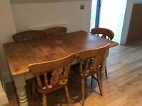 Dining Table And 5 chairs shabby Chic
