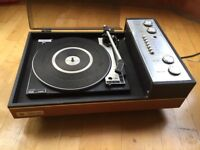 BSF P128R Record player w/ pair of speakers