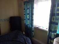Large room to let in BD4 area, close to Tong Street, Euroway estate