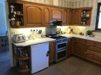 Wooden kitchen units in very good condition.