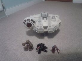 Millennium falcon with sound and various figures