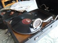 beautiful original (hmv)his masters voice 78 speed gramophone with five english records,perfect.....