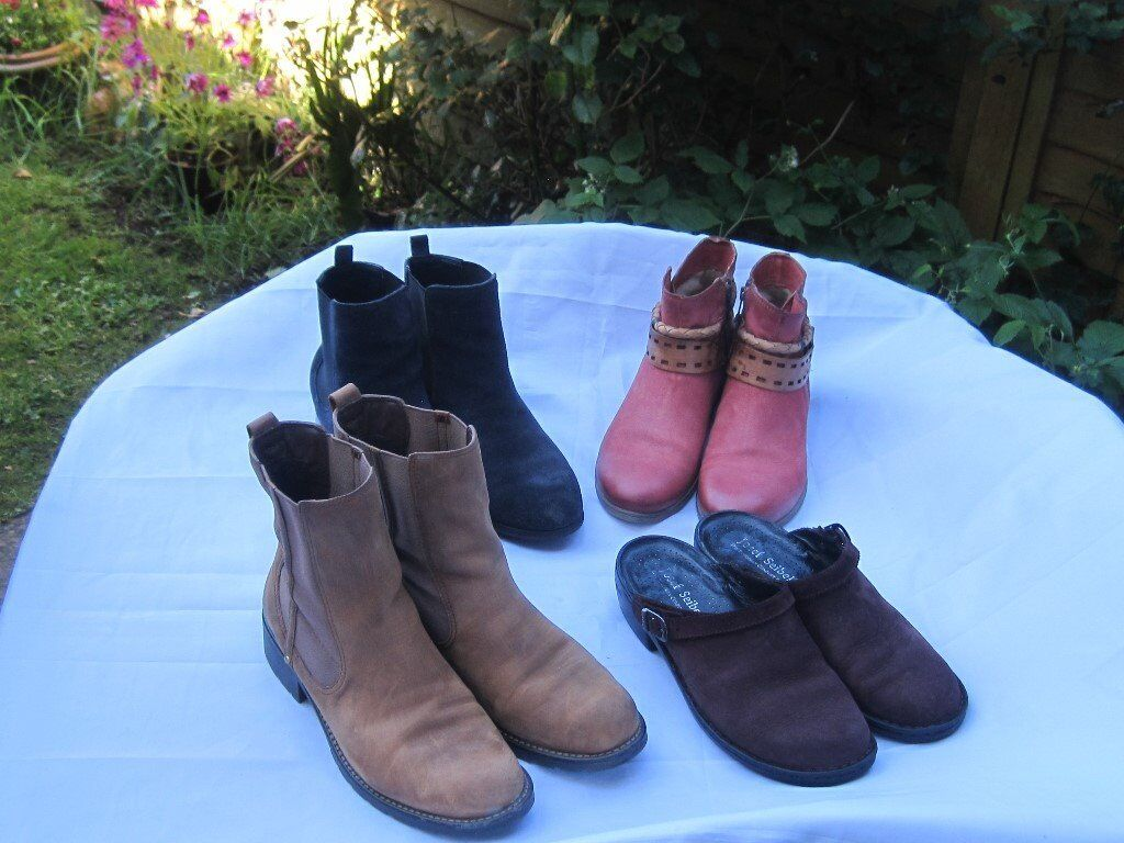womens boots size 7 8 x4 job lotin Honiton, DevonGumtree - dark blue m & s boots size 7 1/2 footglove wider fit leather upper clarks orinoco brown boots size 8 mjus red boots size 7 leather never worn joseph Seibel wine coloured clogs size 8 all very good condition can sell as a lot I can also sell...