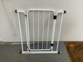 Baby gate- extendable