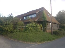 One Bedroom Flat in Country Barn Conversion 7 Miles Winchester