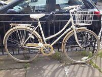 pretty woman vintage Bike