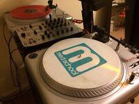 DJ Set (Turntables / Mixer/ Speakers/ Cartridges/ Traktor Scratch 6)