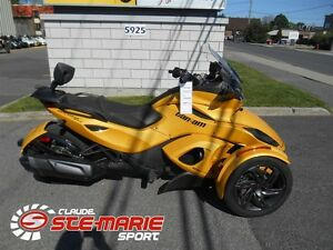 2013 Can-Am Spyder ST-S SM5 -