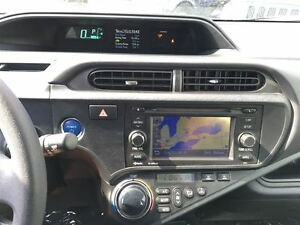 2012 Toyota Prius c TECHNOLOGY PKG   NAVIGATION   LEATHER   NO A Kitchener / Waterloo Kitchener Area image 17