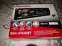 Pioneer car audio unit with bluetooth