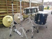 Drum Kit Hardware