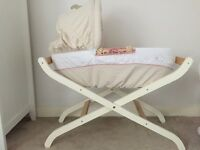 Winnie the Pooh Moses Basket and Luxury Stand