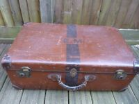 VINTAGE SUITCASE/TRUNK made by B C M ORIENT MAKE