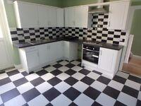 Newly renovated, spacious 3 bedroom flat in Westclif - close to train station