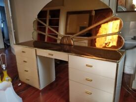 CHEAP Dressing table /dresser with fan shaped mirror