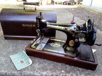 Antique Singer Sewing Machine in Case