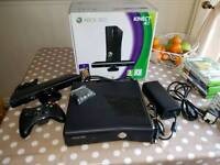 Xbox 360 4GB Kinect + Games