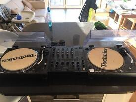 DJ Package including Technics 1210 Mk2