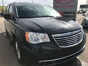 2016 Chrysler Town & Country TOURL DVD Leather Navigation