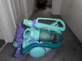 Dyson DC11 Telescopic Allergy Vacuum Cleaner in good condition