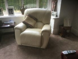 3 leather recliners (manual), excellent condition. Buyer to collect.