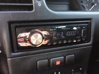 Pioneer MVH-1400UB headunit / Stereo