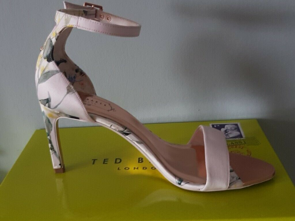 2fb155b7834 Ulaniip Pink and Rose Gold Heeled Ted Baker Shoes Brand New in Box | in  Stalybridge, Manchester | Gumtree